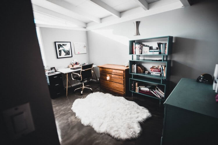 Lawyer home office space